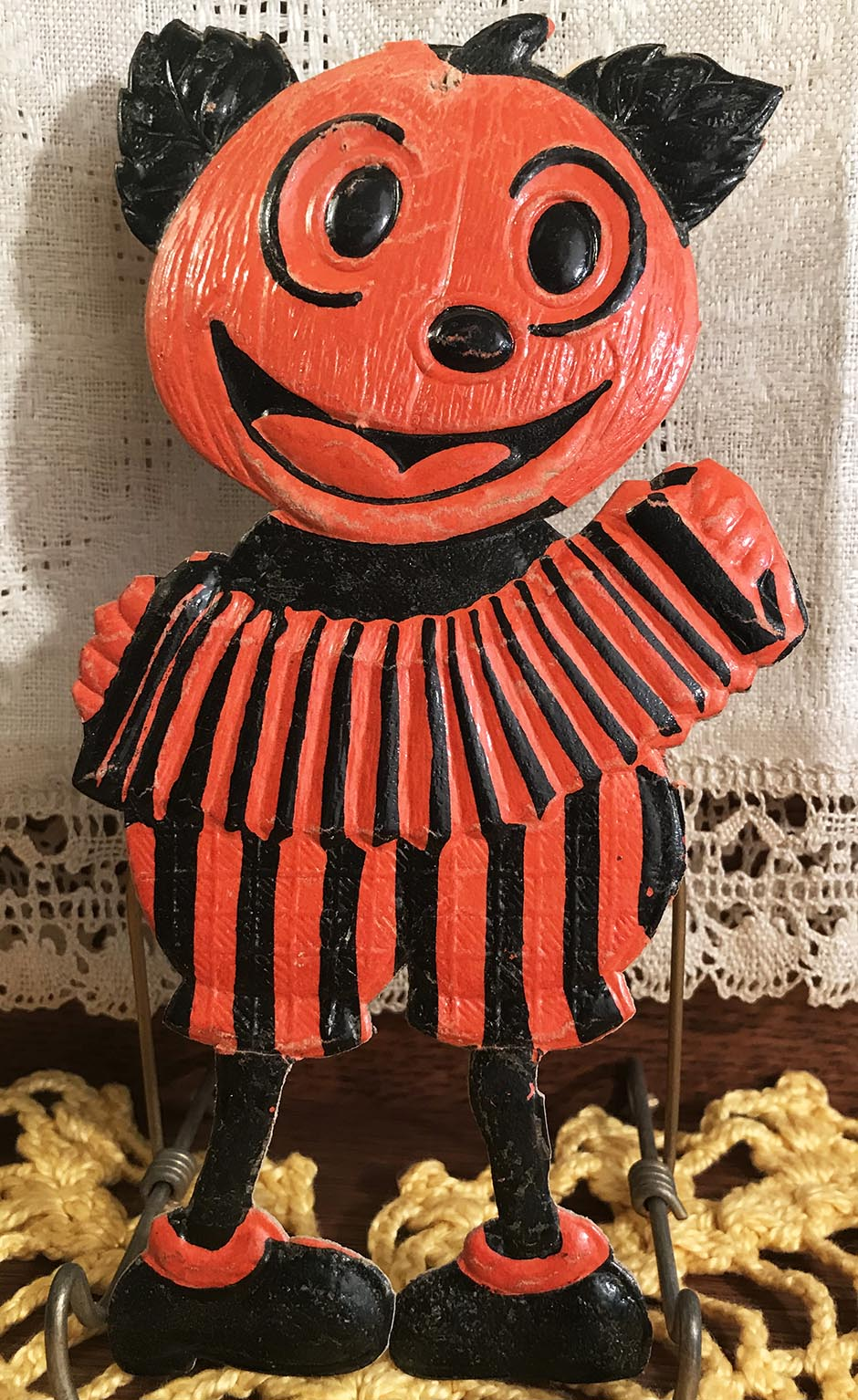 "SCARCE & VERY FINE Vintage Halloween Small ""Mickey Mouse"" JOL Band Member with Accordion, Diecut Decoration, Germany 1920s-30s"